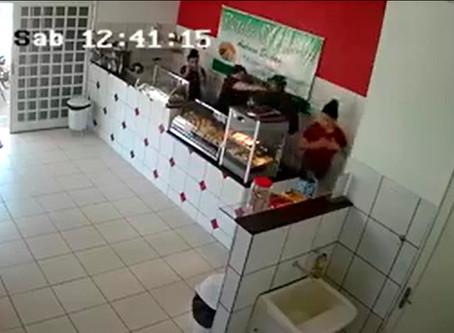 Mulher reage a tentativa de roubo no bairro São Jorge