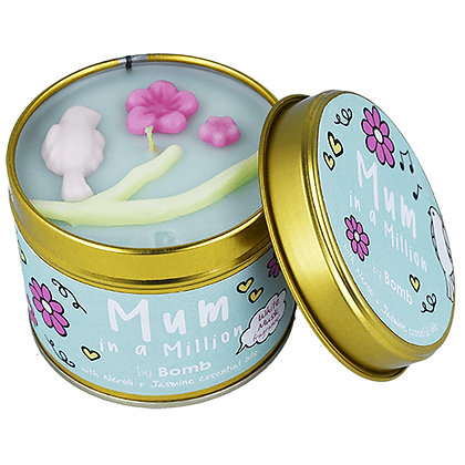 BOMB COSMETICS MUM IN A MILLION TIN CANDLE