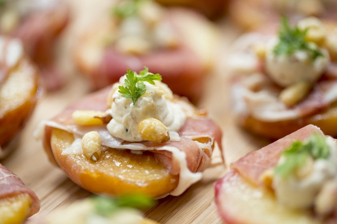 Caramelized Peaches and Prosciutto