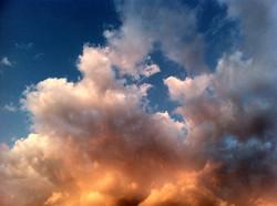 """Serie """"el cielo en llamas"""""""