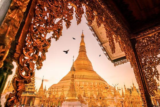 Shwedagon Pagoda Yangon.jpeg