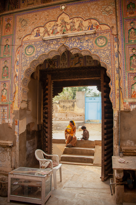 Haveli with painted walls in Fatephur, Shekawati, India
