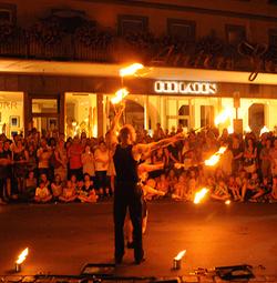 Art en Air Festivals Feuershow Fire in the sky