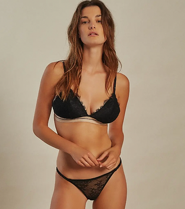 Triangle Darling Lace noir