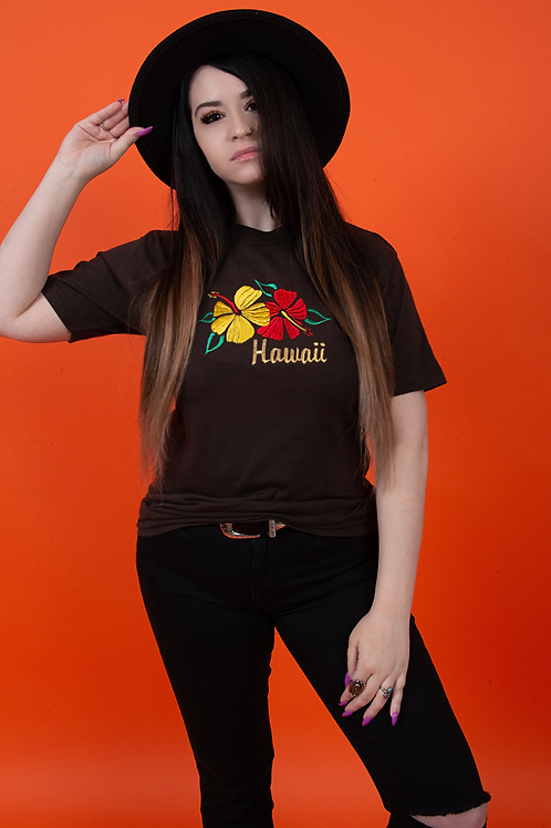 Hawaii 1990's Embroidered Floral Tee