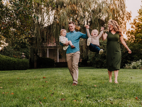 Family Session at Highland Mansion & Gardens