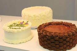Vanilla and Chocolate Cakes