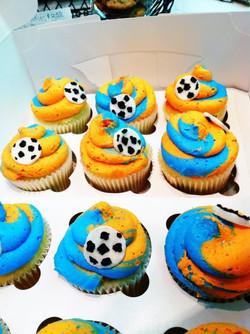 School Soccer team cupcakes