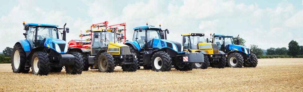 Landmaschinen und Traktoren bei Service Station Schachner