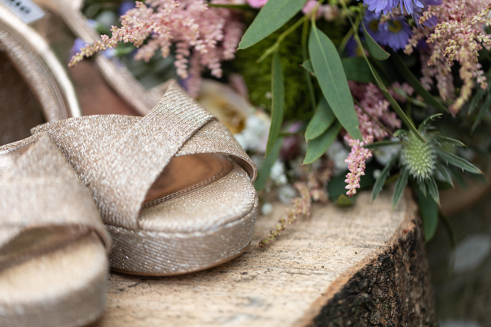 Wedding photography: the bride's shoes