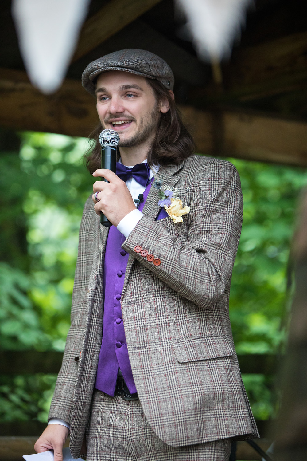 Wedding photography of groom delivering his speech