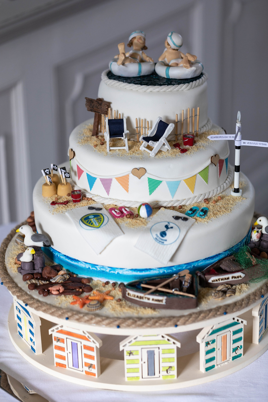 The stunning wedding cake