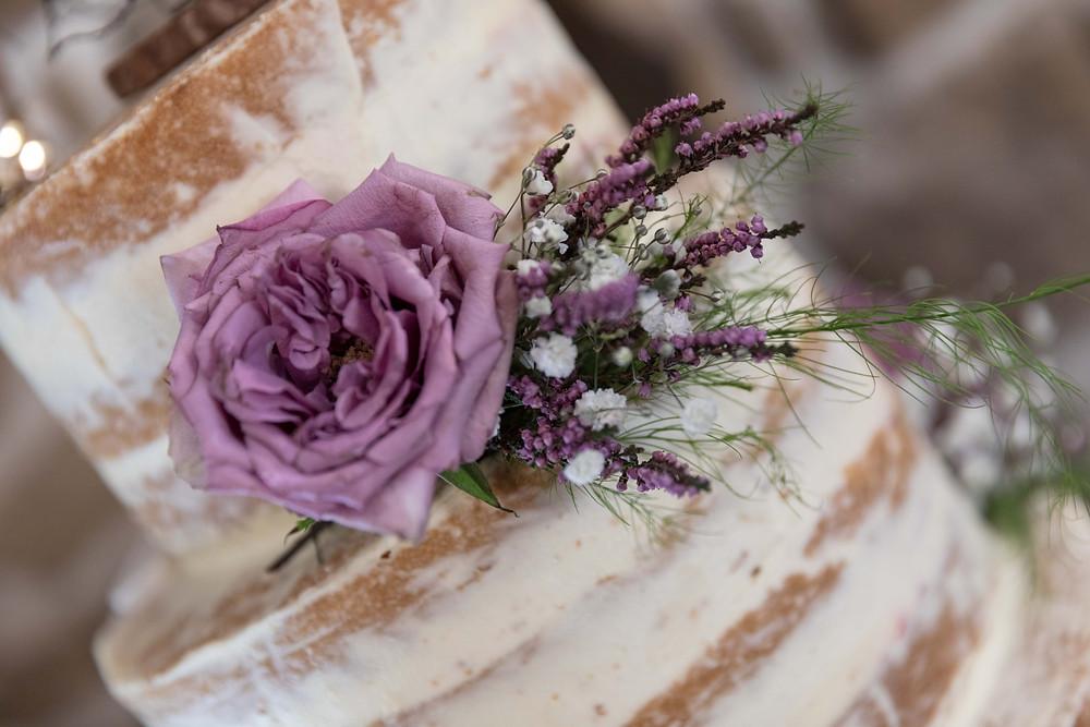 Wedding details: The wedding cake