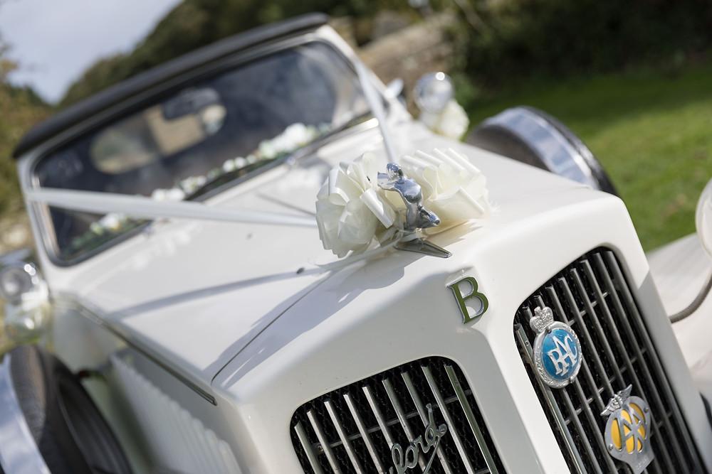Whitby wedding photographer captures the wedding car