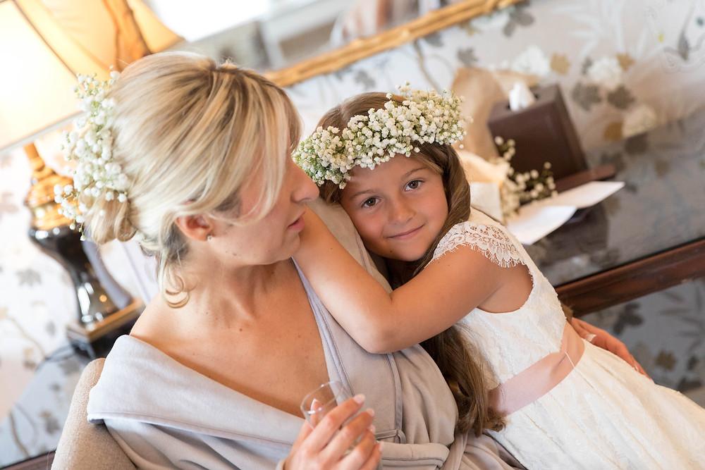wedding photographer captures Bride & flower girl