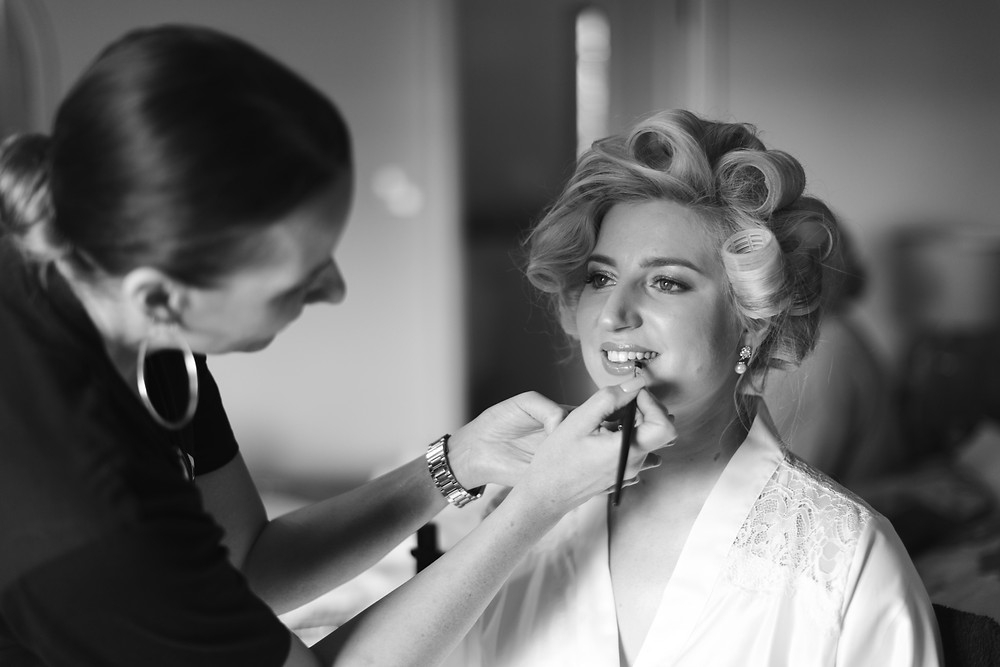Natural wedding photography by Whitby wedding photographer
