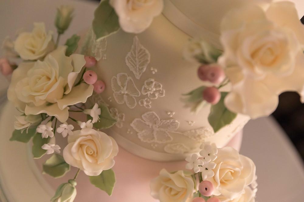 Close up of the wedding cake