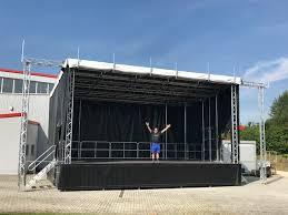mobiel podium 8m7.jpg