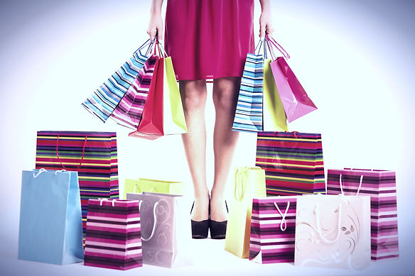 Woman%252520with%252520full%252520shopping%252520bags_edited_edited_edited.jpg