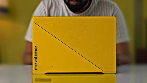 Первый ноутбук realme показали на официальном снимке