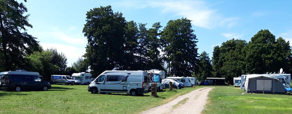 Caravan-/Wohnwagenstellplätze