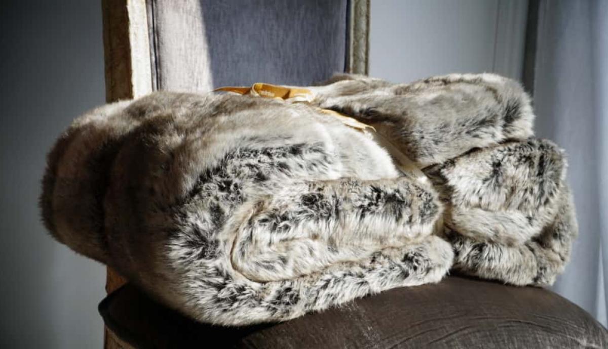 瑞士 絨布皮草蓋毯