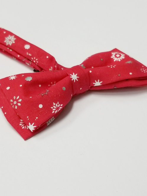 Snowflakes on Red Double Bow Tie