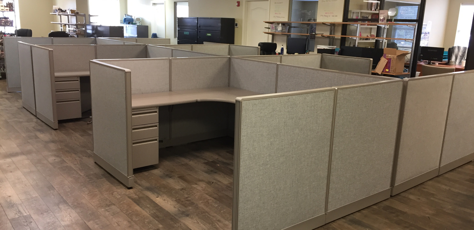 Work Stations & Cubicles