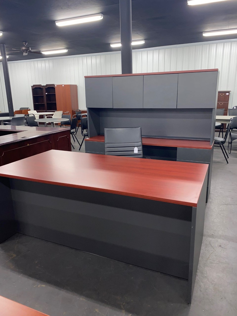 Laminate Desk-Credenza Set.jpg