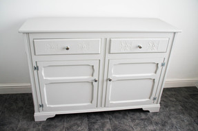 grey_sideboard (1 of 7).jpg