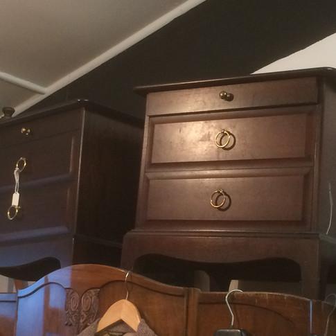 bed side cabinets.jpg
