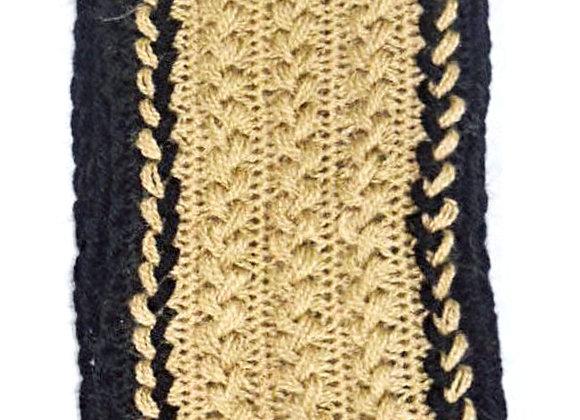 Beige & Black Hand-knit U-pin Scarf