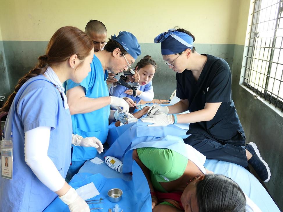 2017 네팔 원광대학교병원(의과,치과,한방) 해외봉사 (15).JPG