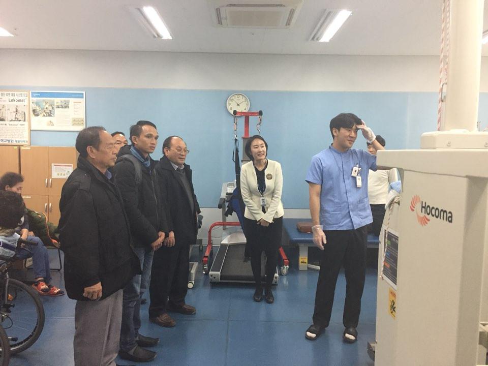 행정안전부 2017 라오스 씨엥쾅주 기초보건위생 인식강화 사업 (5).j