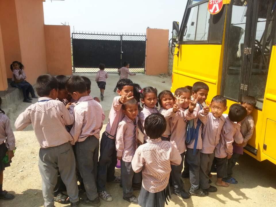 네팔 룸비니 삼동스쿨 학생 (1).jpeg