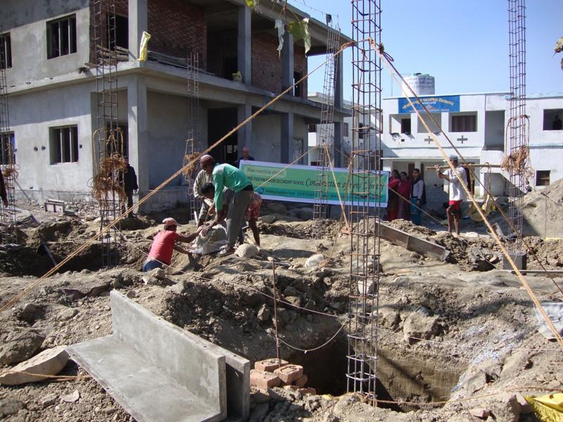 2010 네팔 바찜바후니 학교 도서관 건립 (백천문화재단지원) 2.jpg
