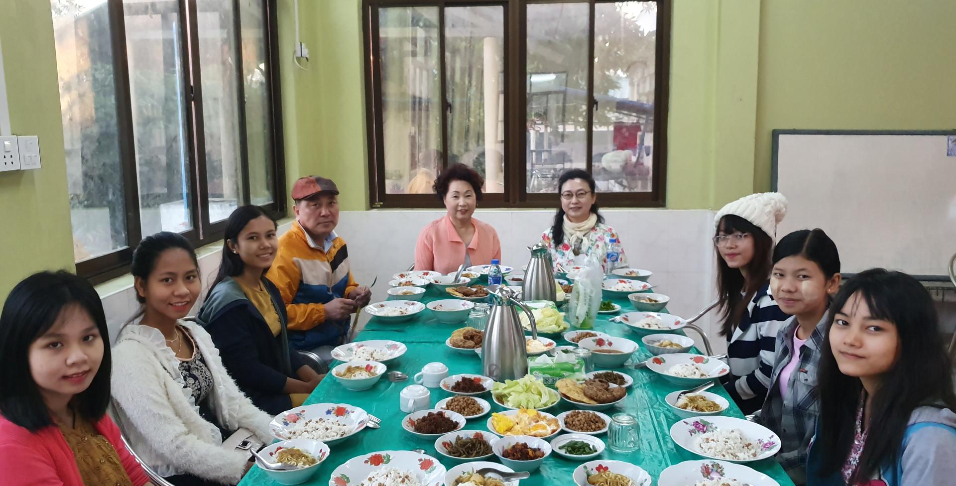 미얀마 삼동유스클럽 2019 (2).jpg