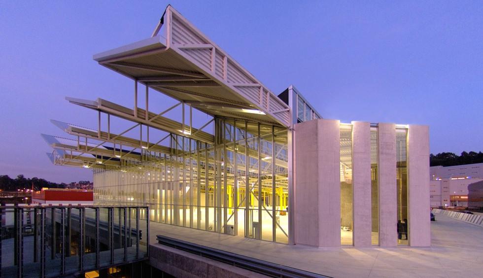 Vigo. Pontevedra. 2005 Nueva nave industrial y de oficinas del grupo ENOR