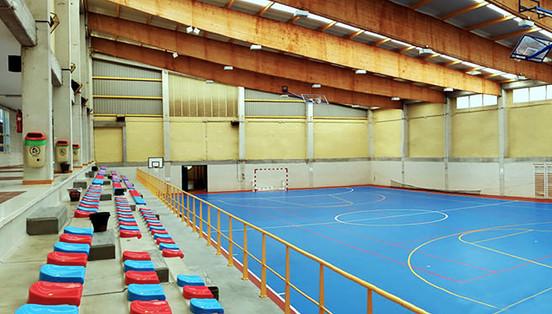 Pabellón Polideportivo en Cerdedo