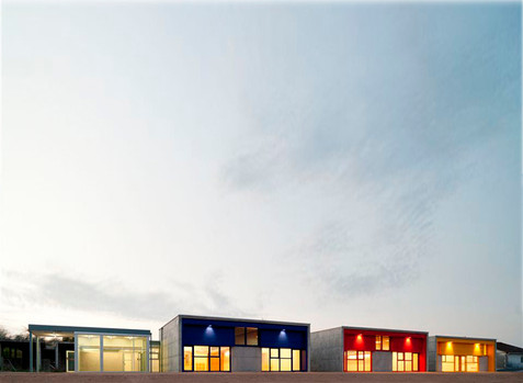 Escola Infantil de 6 unidades en O Revel