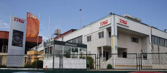 Reformas nave industrial de TRW, Vigo