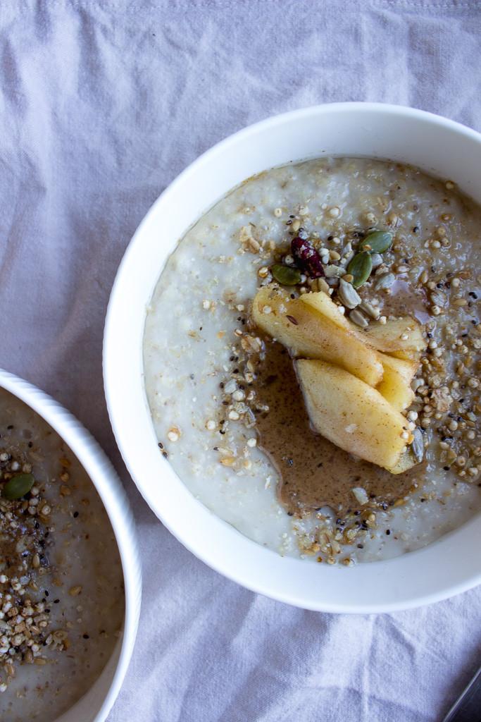 Image of Porridge with Honey Apples