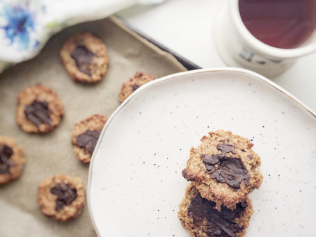 Currently crushing on these Mango & Cashew Nut Cookies
