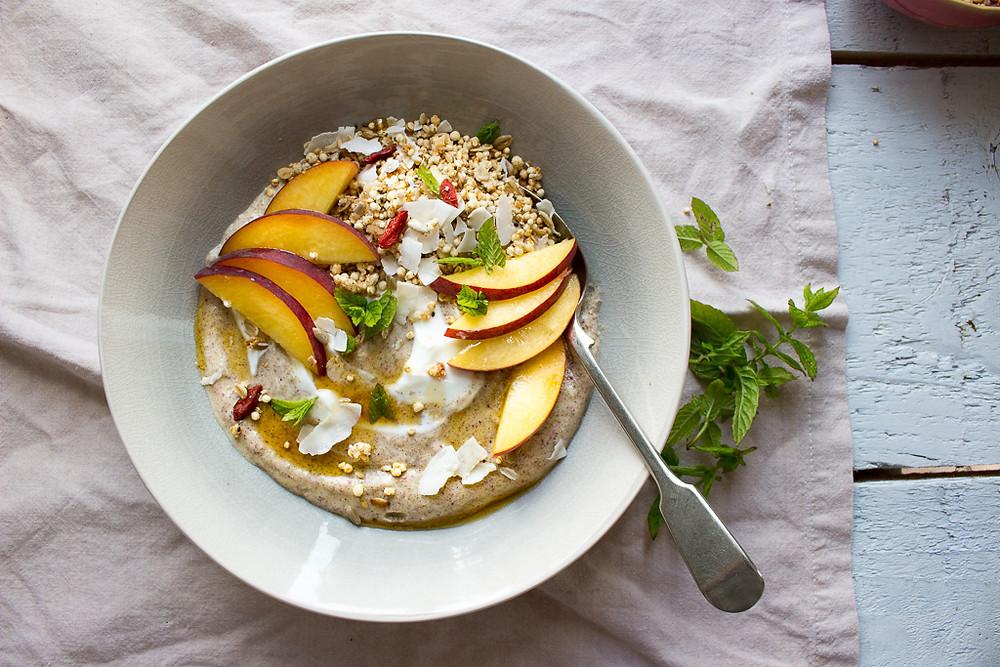 Peach & Greek Yogurt Breakfast Bowls