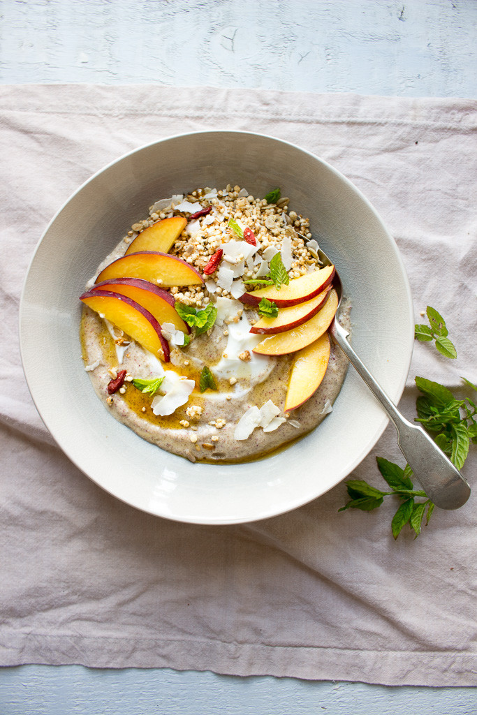 Picture of Peach & Yogurt Breakfast Bowls