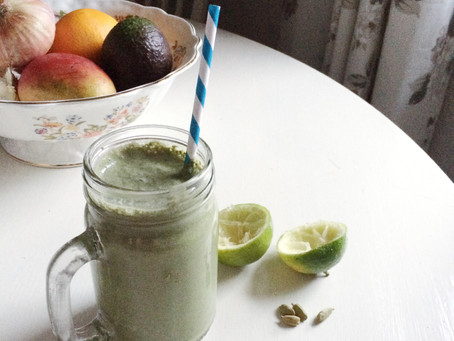 Recipe: Warming Green Smoothie with Lime, Cardamon and Sunflower Seeds