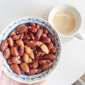 Recipe: Salted Almonds (a healthy, but addictive snack)