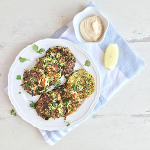 COURGETTE & HALLOUMI FRITTERS WITH CHILLI MAYO