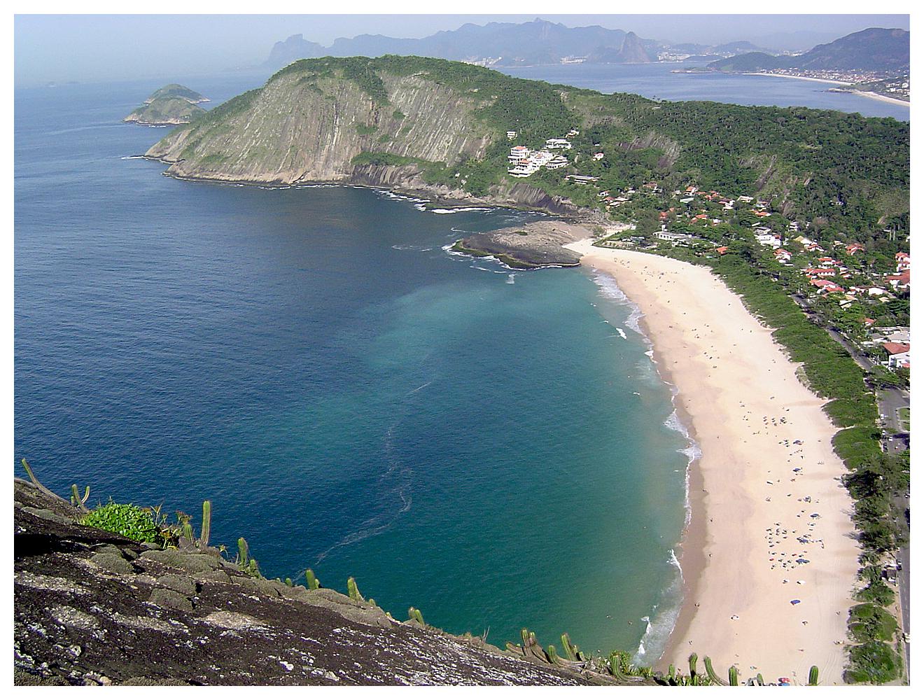 Itacoatiara_beach.jpg