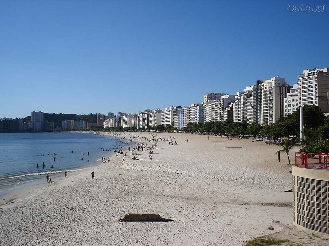 BXK80648_vista-panoramica-da-praia-de-icarai-niteroi800.jpg
